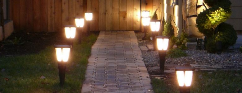 Уличные светильники для дачи, их виды и применение